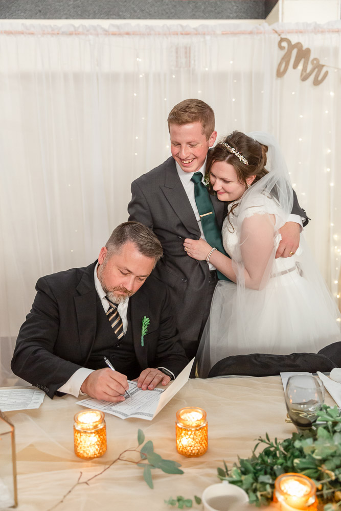 Annie Elise Photography | wedding officiant photo