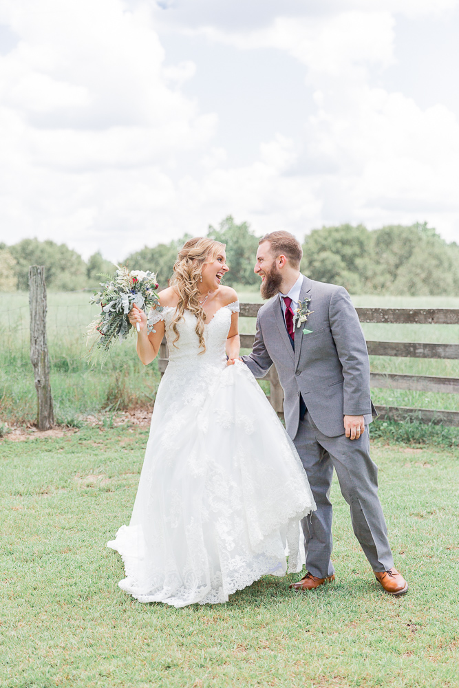 Mississippi Wedding Photographer | Bride and groom portrait | Just married | Rustic fence | State Line, MS