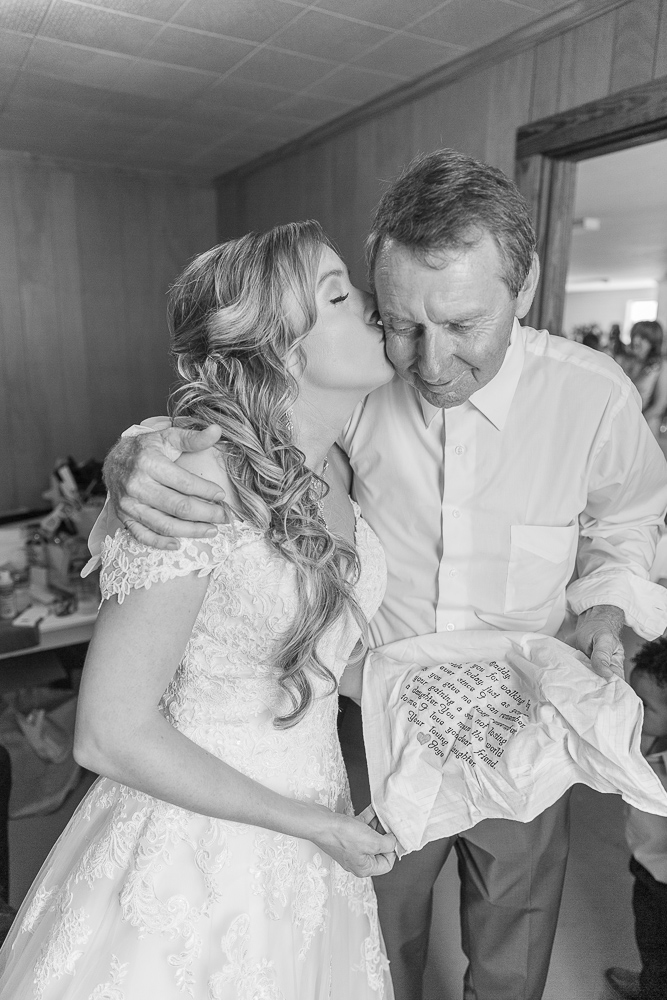 Mississippi Wedding Photographer | Embroided handkerchief | Daddy Daughter love | Black and White
