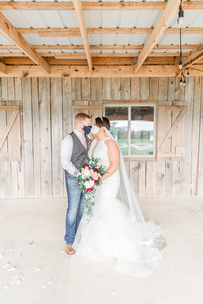 Annie Elise Photography | The Stables Venue | Vancleave, MS | Covid Kissing | Face Masks